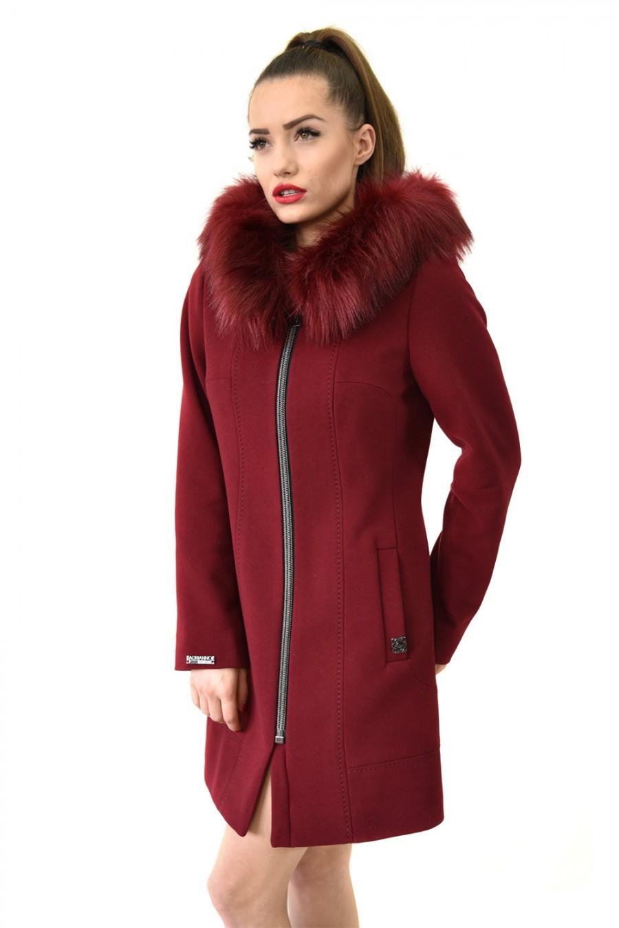 7107d5fb633ba Płaszcze damskie 2018 - Kolekcje - Adrianno-Damianii - Płaszcze, kurtki,  garnitury, sukienki, garsonki, garnitury ślubne, niskie ceny, producent.